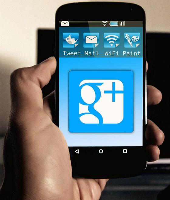 A mockup of Google on mobile.