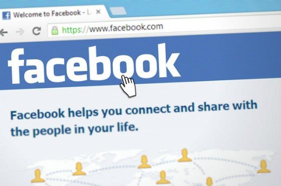 E-Commerce News Roundup: Social Platforms Face Road Blocks For E-Commerce
