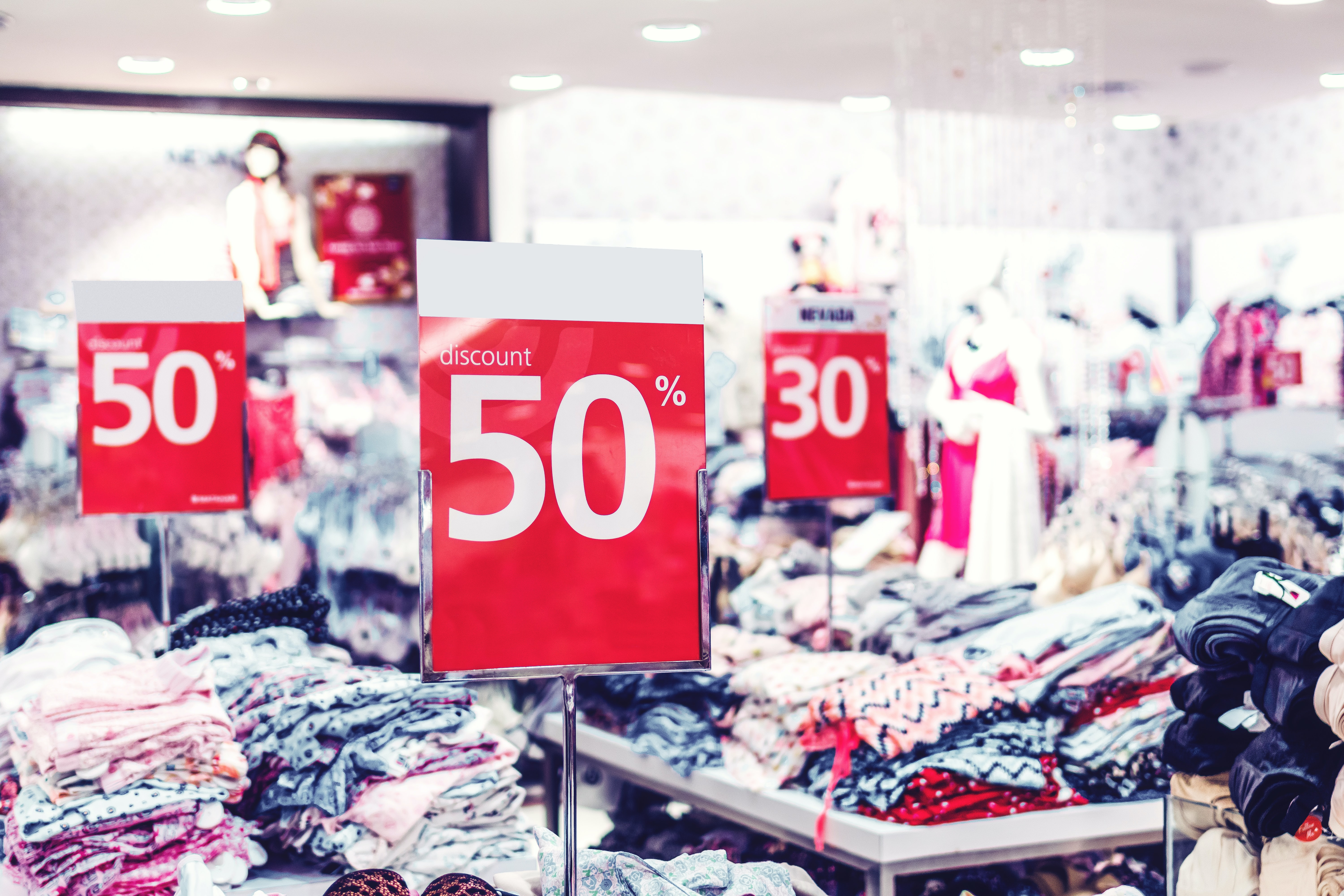 International Marketing News: The Impact of the Pandemic on Luxury Retail Sales and a Steep Increase in Western European eCommerce