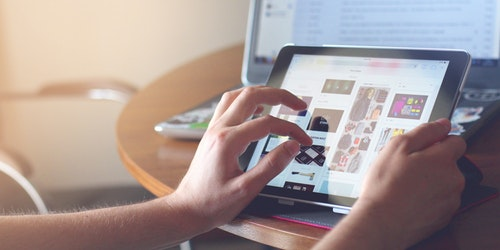 What Are The Latest e-commerce Marketing Strategy Trends?